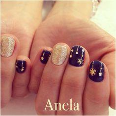 navy & gold で silent night⋆.* な nail art!!