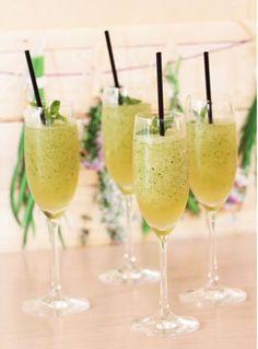 A mojito slush from the Thermomix - great refreshment in the sun .- Ein Mojito-Slush aus dem Thermomix – tolle Erfrischung im Sommer Thermomix Mojito - Drinks Alcoholicas, Non Alcoholic Drinks, Cocktail Drinks, Cocktail Recipes, Spring Cocktails, Vodka Cocktails, Drink Summer, Italian Cocktails, Goat Cheese