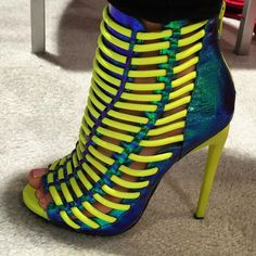 Luichiny Multicolor Strappy Sandals Crunch time