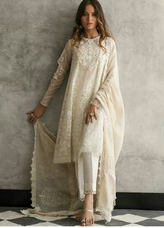 Beautiful white organza 3 piece stitched dress by Nida Azwer traditional embroidered dresses 2018 - Online Shopping in Pakistan Indian Wedding Outfits, Indian Outfits, Indian Dresses, Indian Reception Outfit, Eid Dresses, Pakistani Dress Design, Pakistani Outfits, Pakistani White Dress, Pakistani Casual Wear
