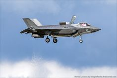 F35 Like Lightning II Air Fighter, Fighter Jets, Stol Aircraft, Armed Forces, Military Aircraft, Lightning, Air Force, Pilot, Aviation