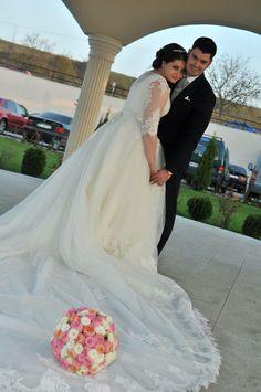Wedding dress with vintage bouquet