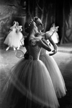 National Ballet of Canada, Les Sylphides, Brooklyn Academy of Music 1957. Photo by Jerry Dantzic.