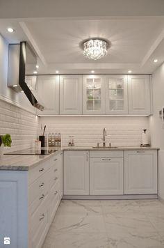 Elegant Green Kitchen Doors - Home Design Kitchen Room Design, Home Room Design, Kitchen Cabinet Design, Modern Kitchen Design, Home Decor Kitchen, Interior Design Kitchen, Kitchen Furniture, Home Kitchens, Kitchen Ideas