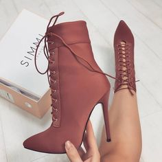 """14.4k Likes, 124 Comments - WWW.SIMMI.COM (@simmishoes) on Instagram: """"Obsessed with this 20% off everything with code GETCRACKIN  Shoes: Amara - £32.00 Shop:…"""""""