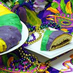 uses crescent rolls  Not authentic but do-able: King Cake Recipe