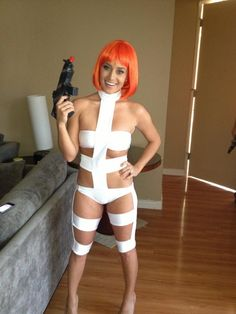 My wife spent hours hand-sewing her 'Fifth Element' costume. How did she do, Reddit? - Imgur