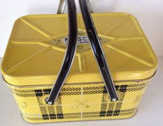 Vintage NESCO 1950's  Metal .Yellow & Black  Plaid Picnic Basket With Handles-D9