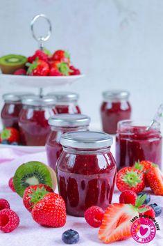 Strawberry-Raspberry-Kiwi Jam Summer happiness – Famous Last Words Clean Eating Challenge, Clean Eating Diet, Healthy Eating Tips, Healthy Nutrition, Food Menu, A Food, Food And Drink, Benefits Of Vegetarian Diet, Kiwi Jam