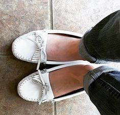 Please #tag me with you in your #mocs Sharing my #love for women who wear #moccasins with #nosocks! DM a pic if you are a lady who wears them! Don't be put off by the #footfetishnation My page is nothing but #love and respect for you! #followme#slippers#toes#feet#chicago#ballet #cosplay#leggings#dancer#yoga#f4f#instagood#xmas#barefoot#minnetonka#モカシン#shoutouts#instalove#nerd#geek#nurse