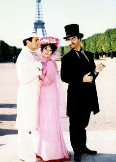 Hollywood Stars, Classic Hollywood, Old Hollywood, Tony Curtis, Natalie Wood, Movie Costumes, Cool Costumes, Tour Eiffel, Hollywood Actresses