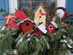 February Windowbox   http://ourfairfieldhomeandgarden.com/valentines-day-windowboxes/