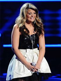 Lauren Alaina looks adorable for her second performance of 2011 American Idol Top 3 night.