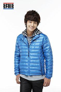 Kim Bum and Go Ara for Spris Fall/Winter 2009 Catalogue