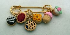 Stitch Markers PASTRY SHOP  for Knit or Crochet set of 6 Cupcake Donut Pie Pineapple