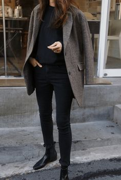 15 comfortable winter looks with chelsea boots - outfit ideas- 15 Bequeme Winterlooks mit Chelsea-Stiefeln – Outfit Ideen 15 Comfortable winter looks with Chelsea boots Hipster Stil, Moda Hipster, Style Hipster, Hipster Fashion, Street Fashion, Simple Winter Outfits, Winter Mode Outfits, Winter Fashion Casual, Outfit Winter