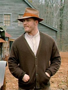 Badass in that sweater....Tom/Forrest is going to bring the cardigan back.