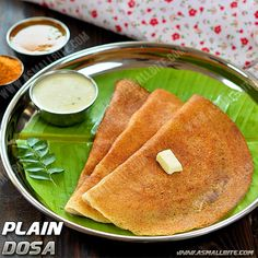 If you are a fan of crispy, golden coloured dosa but don't want to grind in wet grinder, then just hop into this plain dosa recipe / dosa batter in mixie. Breakfast For Dinner, Breakfast Recipes, Dinner Recipes, Plain Dosa, Tiffin Recipe, Idli Recipe, Indian Food Recipes, Ethnic Recipes, South Indian Food