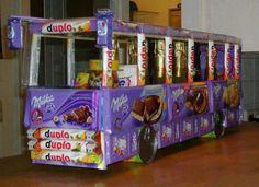 csokiból készült busz