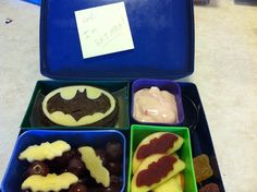 Batman bento - someone make this for me!! I will reward you handsomely! :)