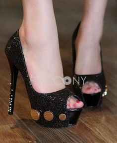 Sexy Rivets Peep-Toe Platform High-Heeled Sandals Diamond Wedding Shoes