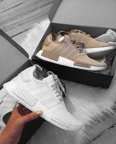 """Psicólogo de Futbolistas """"Cada Jugador es Tratado desde una Optica Diferente"""": https://www.youtube.com/watch?v=7JRIbKEch6U #Psicólogo #PsicólogoDeFutbolistas #PsicologíaDelDeporte Streetwear, Wedge Sneakers, Sneaker Heels, Mens Casual Sneakers, Brown Sneakers, Shoes Sneakers, Adidas Sl 72, Tenis Adidas, Adidas Sneakers"""