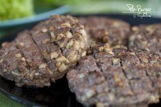 Pilz-Burger Cookies, Chocolate, Desserts, Mushroom Burger, Fungi, Dessert Ideas, Food Food, Woman, Crack Crackers