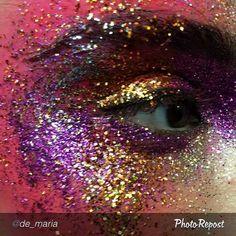 ¡Vuelve el #glitter! ¿Qué propuesta os gusta más?  http://www.glamcodebeauty.com/vuelve-el-glitter/