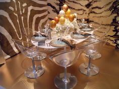 We used vintage Saarinen for this mod- safari riff.Carini Lang, designed by Joseph Carini, Dining by Design 2010