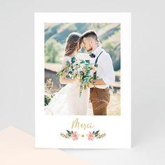 Carte remerciement mariage champêtre illustrée d'un bouquet de fleurs aux notes rosées à personnaliser sur Carteland.com #remerciements #mariage #mariagechampêtre #remerciementmariage