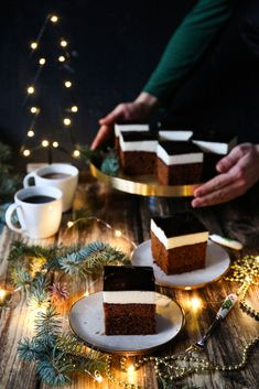 23 Clever DIY Christmas Decoration Ideas By Crafty Panda Fall Recipes, My Recipes, Sweet Recipes, Snack Recipes, Dessert Recipes, Frozen Cheesecake, Cheesecake Bites, Polish Desserts, Polish Recipes