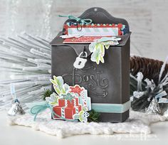 Vintage Post Box Treat Box by Amy Sheffer for Papertrey Ink (September 2016)