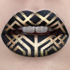 This art deco lip art by @alexingamua is gorgeous! Her inspiration? The Great Gatsby! #whodoesntloveleo