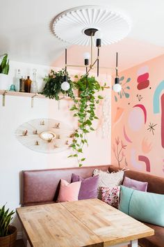A Maximalist on a Minimal Budget Fills Her Home with Murals: gallery image 14 Apartment Therapy, Home Interior, Interior Design, Interior Decorating, Grande Armoire, California Homes, How To Make Bed, Nooks, Decoration