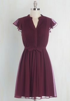 Thesis, That, and the Other Thing Dress in Cranberry. With your espresso sitting at one side of this cranberry dress and your thesaurus at the other, you delve into your dissertation. #purple #modcloth