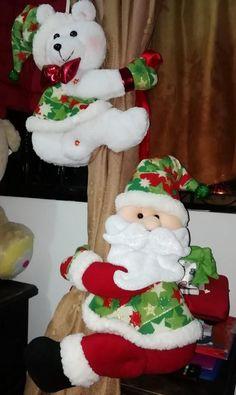 Christmas Stockings, Christmas Diy, Christmas Decorations, Holiday Decor, Bb, Santa, Ideas, Tops, Home Decor