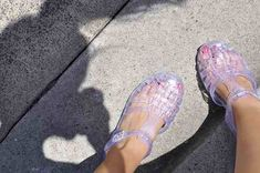 Comfy Plastic Sandals for the Monsoon Season Nike Shoes For Sale, Nike Shoes Outlet, Running Shoes Nike, Jelly Shoes, Jelly Sandals, Plastic Sandals, Shoes 2014, Women Oxford Shoes, Latest Shoe Trends