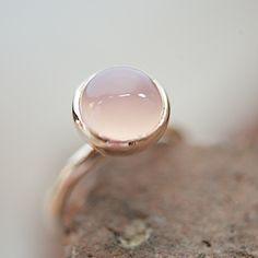 rosé gold ring with rose quartz, Roségoldring mit Rosenquarz