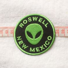 The Roswell New Mexico UFO - Green aliens Patches / 02 Punk Patches by RibbonHere on Etsy https://www.etsy.com/listing/212939447/the-roswell-new-mexico-ufo-green-aliens