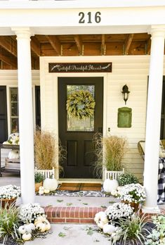 We are officially in the fall season! Let me show you festive ways to decorate your porch using traditional and non-traditional colors. #fallporchdecor #falldecor #fallinspiration #cutefallporch Fall Home Decor, Autumn Home, Autumn Fall, White Porch, White Mums, Farmhouse Halloween, Outdoor Living, Outdoor Decor, White Pumpkins