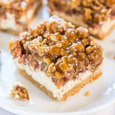 ️️ CARAMEL APPLE CHEESECAKE CRUMBLE BARS️️ These bars have so much flavor – salted caramel, apples, and cinnamon with a layer of cream cheese and chunky oat crumbles! RECIPE HERE~~~&g…