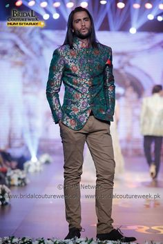 AMIR ADNAN-BRIDAL-COLLECTION-AT-BRIDAL-COUTURE-WEEK-22 Mens Sherwani, Declaration Of Independence, Men's Suits, Couture Week, Blazers For Men, Groom Dress, Bridal Collection, Pakistani, Vogue