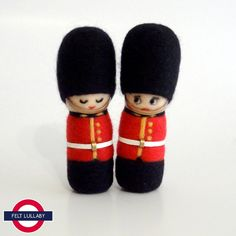 Needle Felted Sculptures - The Queen's Guard - British Royal Guard - Guardsmen - Toy Soldier - UK - Miniature Wool dolls (Set of Needle Felted Ornaments, Felt Ornaments, Queens Guard, Christmas Soldiers, Punch And Judy, Felt Finger Puppets, Wool Dolls, Wool Needle Felting, Traditional Toys