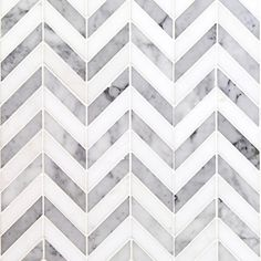 Ivy Hill Carrelage Dart Blanc Carrare et Thassos Tuile de Mosaïque en Marbre Poli 10 po x / 4 po x 10 mm Tuile Chevron, Chevron Tile, Gray Tiles, Grey Chevron, Backsplash Arabesque, Splashback Tiles, Kitchen Backsplash, Quartz Backsplash, Hexagon Backsplash