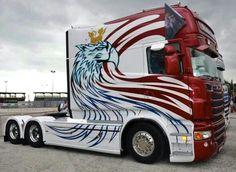 Scania truck with huge cab & sleeper. Longline?