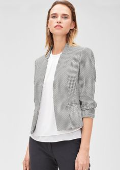 Schmaler Jacquard-Kurzblazer von s.Oliver. Entdecken Sie jetzt topaktuelle Mode für Damen, Herren und Kinder und bestellen Sie online.