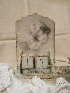 """Вечный календарь """"Кокетки"""" в каталоге Для дома на Uniqhand - ручная работа, подарок, эксклюзивный подарок, дерево"""