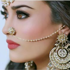 Hows this gyzz? Hows this gyzz? Nose Ring Jewelry, Indian Jewelry Earrings, Indian Jewelry Sets, Fancy Jewellery, Indian Wedding Jewelry, Bridal Jewelry Sets, Jewelery, Nose Rings, Earrings Uk