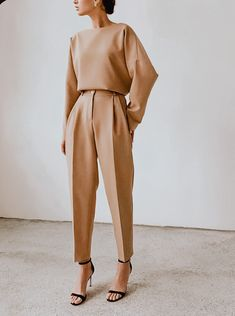 Minimalist Fashion French, Minimalist Outfit, Minimal Fashion, French Fashion, Boho Fashion Summer, Summer Fashion Outfits, Fashion Dresses, Dresses Dresses, Floral Dresses
