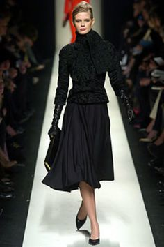 Céline Fall 2004 Ready-to-Wear Collection Photos - Vogue